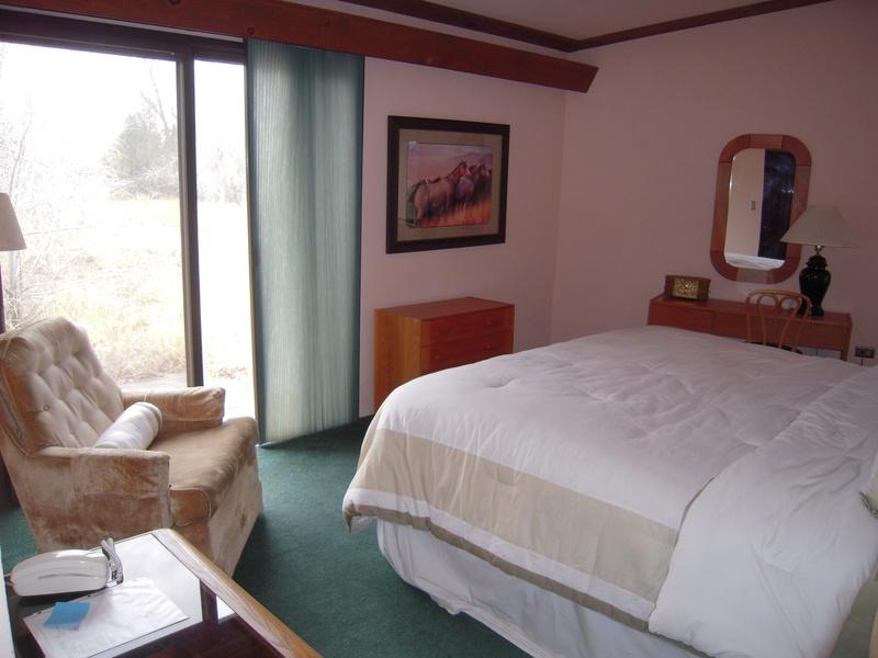 Bedroom R